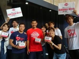 羽田ヴィッキーズの選手も募金活動に加わってくださいました